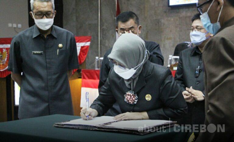 DPRD Kota Cirebon Setujui Raperda Perubahan APBD 2021, Wali Kota Tetap Prioritaskan Penanganan COVID-19