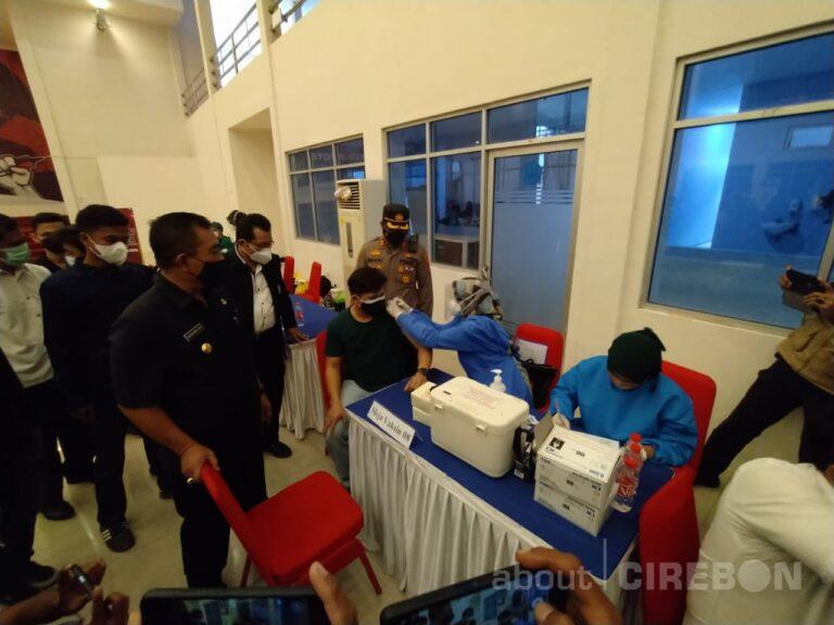 Gandeng BEM, Polres Cirebon Kota Gelar Vaksinasi Merdeka Serentak