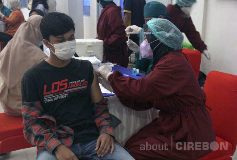 Setelah Vaksinasi Dosis Kedua, UGJ Cirebon Siap Kuliah Tatap Muka