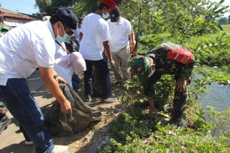 Pemkab Cirebon Targetkan Bebas Sampah di 2024