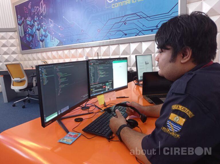 Inilah Cerita Petugas Layanan Cirebon Siaga 112 Saat Menerima Kedaruratan Pengaduan Masyarakat