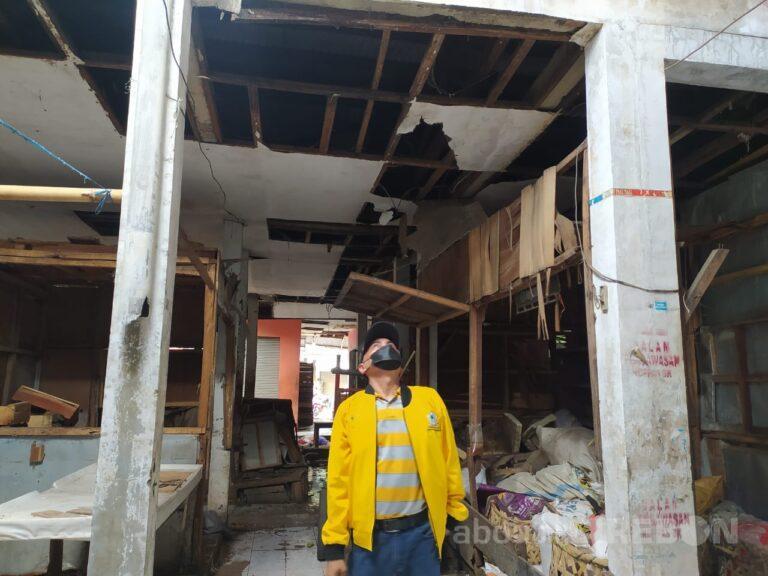 Kunjungi Pasar Harjamukti, Agung Supirno Ingin Sarana Prasarana Segera Diperbaiki